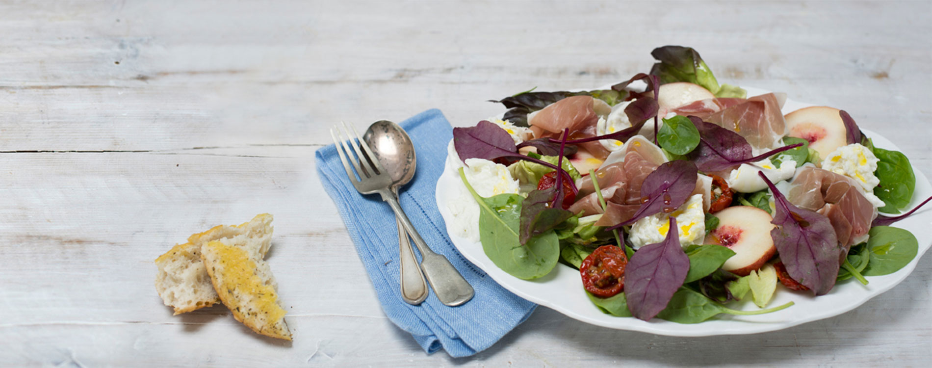 Salad with rapeseed oil said dressing